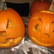 carving pumpkins 034