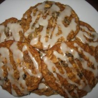 iced-oatmeal-applesauce-cookies