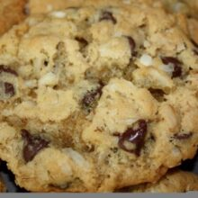 coconut-oatmeal-chocolate-chip-cookies