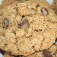 peanut-butter-oatmeal-cookie