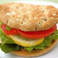 veggie hummus sandwich thin
