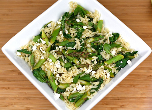 Lemon Orzo Salad with Asparagus, Spinach, and Feta | Two Peas & Their ...