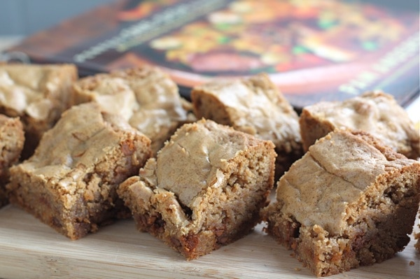 Cinnamon Blondies from Perfect One-Dish Dinners | Two Peas & Their Pod