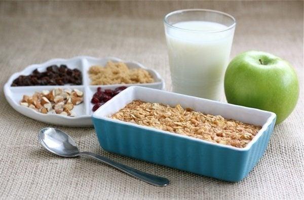 Apple Cinnamon Baked Oatmeal | Two Peas & Their Pod