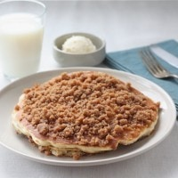 cinnamon-streusel-pancakes