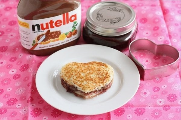 Grilled Nutella Raspberry Sandwich