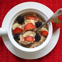 banana-berry-oatmeal
