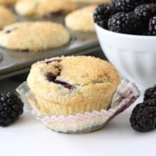 lemon-ricotta-blackberry-muffin