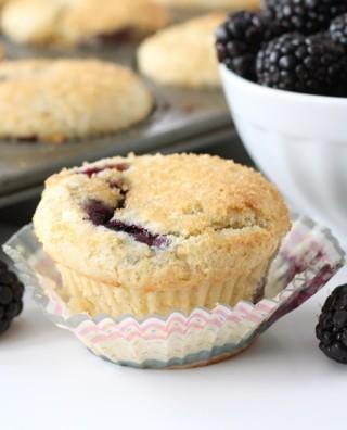 lemon-ricotta-blackberry-muffin