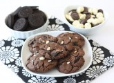 triple-chocolate-Oreo-chunk-cookies7