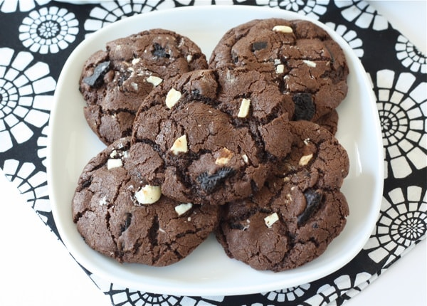 oreo cookies triple chocolate cookies oreo stuffed chocolate chip ...