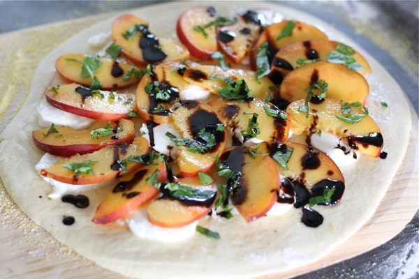 peach-basil-pizza5