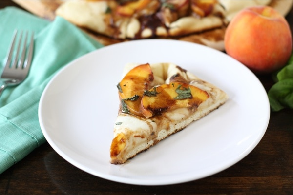 peach-basil-pizza8