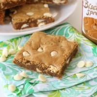 biscoff-white-chocolate-blondies