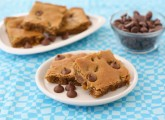 peanut-butter-chocolate-chip-blondies