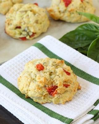 artichoke-pepper-feta-biscuits2