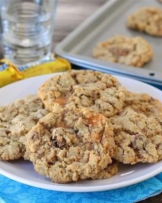 Crispy-Butterfinger-Cookies2