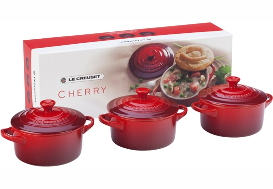 le creuset giveaway two peas their pod. Black Bedroom Furniture Sets. Home Design Ideas