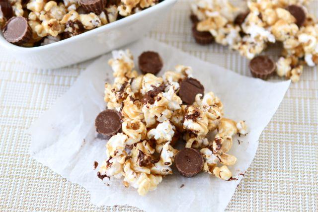 Reese's Peanut Butter Popcorn | Peanut Butter Popcorn Recipe | Two ...