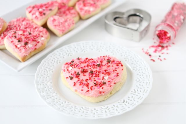 Lofthouse Sugar Cookie Recipe | Soft Sugar Cookie Recipe | Two Peas ...