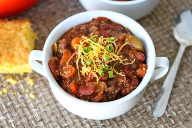 Vegetarian Quinoa Chili Recipe | Vegetarian Chili Recipe | Two Peas ...