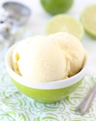 Lime-and-Coconut-Ice-Cream