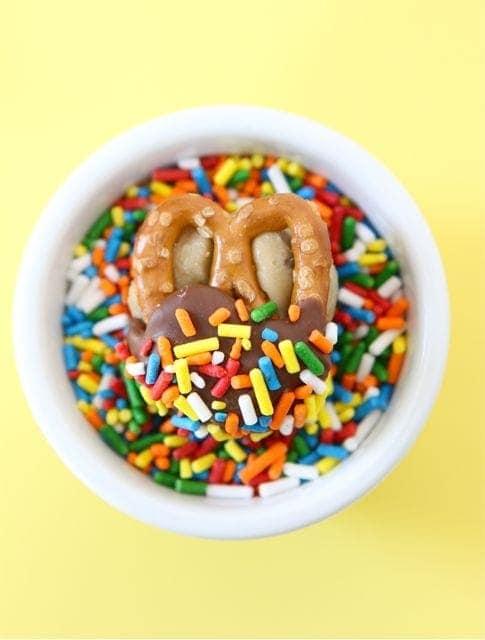 Cookie Dough Pretzel Bites Recipe | Pretzel Bites | Two Peas & Their ...