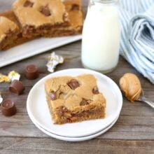 Peanut Butter Rolo Blondies | www.twopeasandtheirpod.com | Two Peas and Their Pod #recipe