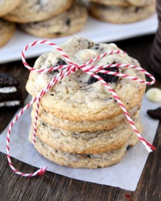Oreo White Chocolate Pudding Cookies | www.twopeasandtheirpod.com | Two Peas and Their Pod #recipe #cookies
