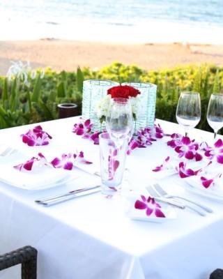 Beach-Dinner-Four-Seasons-Maui
