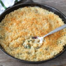 Quinoa Spinach Mac and Cheese from www.twopeasandtheirpod.com #recipe #quinoa