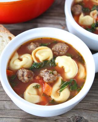 Italian-Sausage-Tortellini-Soup-3