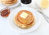Lemon-Poppyseed-Yogurt-Pancakes-3