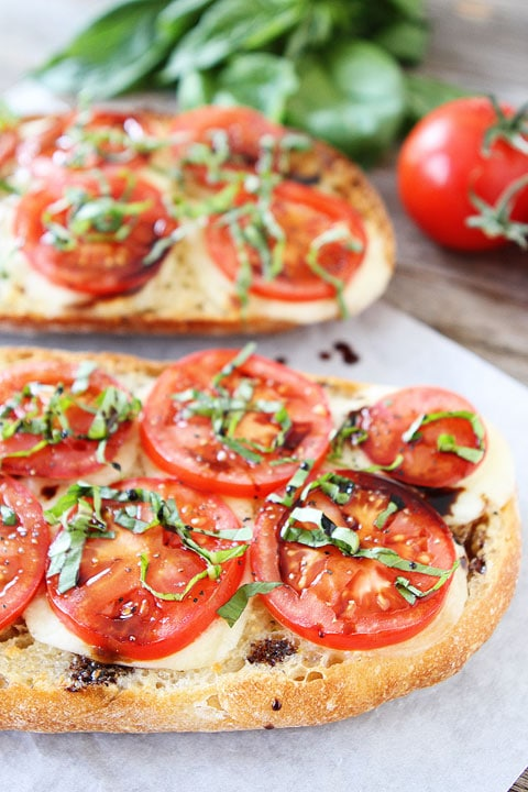 Caprese Garlic Bread Recipe | Two Peas and Their Pod | www.twopeasandtheirpod.com