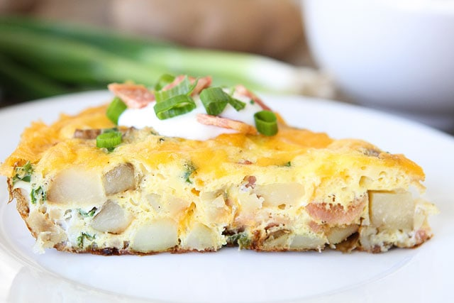 Loaded-Baked-Potato-Frittata-3