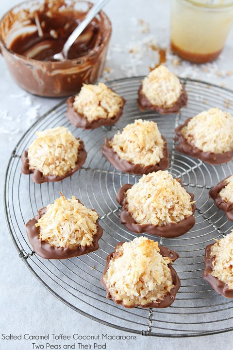 Salted Caramel Toffee Coconut Macaroons | Coconut Macaroons | Two Peas ...