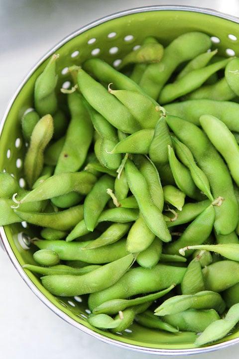 Edamame-Basil-Hummus-1