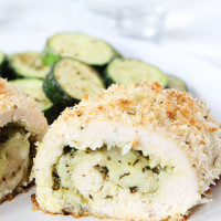 Mozzarella-Pesto-Stuffed-Chicken-10