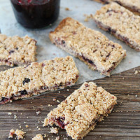 Whole-Grain-Fruit-Filled-Bars-9