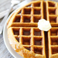 Brown-Butter-Pumpkin-Waffles-8