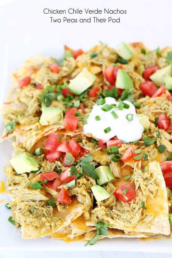 Slow Cooker Chicken Chile Verde Nachos are the perfect game day food ...
