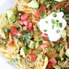 chicken-chile-verde-nachos1