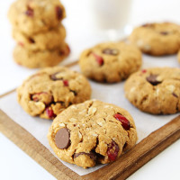 Almond-Cranberry-Oatmeal-Cookies-4