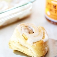 Easy-Mini-Pumpkin-Cinnamon-Rolls-11