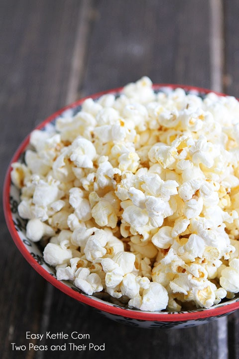 Easy Kettle Corn Recipe on twopeasandtheirpod.com Love this healthy snack!