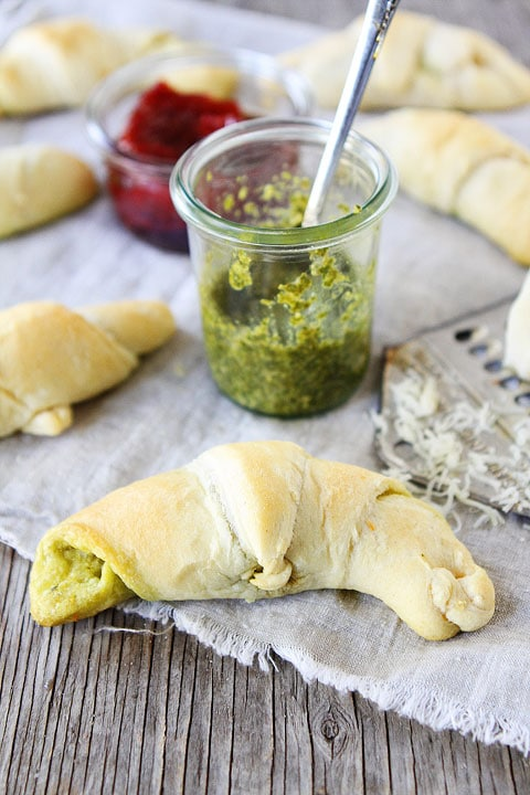 Pesto, Roasted Red Pepper, and Cheese Crescent Rolls on twopeasandtheirpod.com Perfect for the holidays!