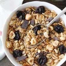 Hazelnut-Granola-with-Cherries-and-Dark-Chocolate-5