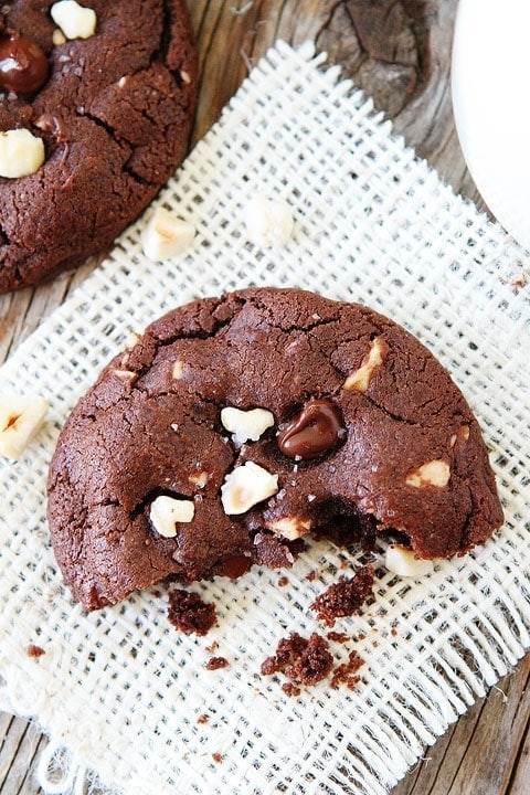Double Chocolate Cookies With Walnuts