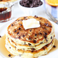 Orange-Ricotta-Chocolate-Chip-Pancakes-2