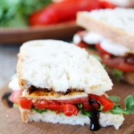 Roasted-Red-Pepper-Arugula-Mozzarella-Sandwich-10